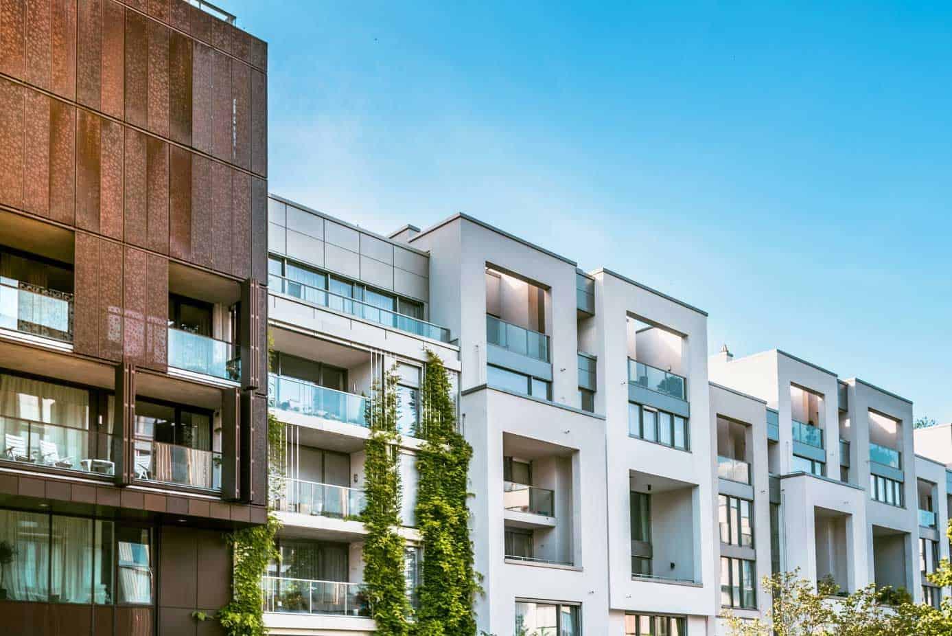 Neubau mit dezentraler Wohnraumlüftung ohne Wärmerückgewinnung